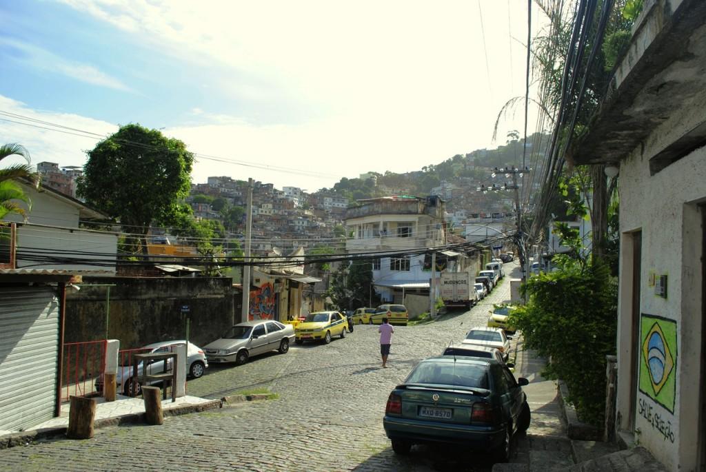 Rua Dr. Olinto de Magalhães, mais conhecida como Rua Nova (área nobre do Vidigal)